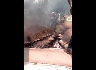 Footage Of Nigeria Air Force Plane Crash