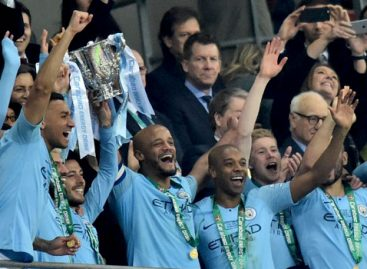 Man City beats Chelsea to retain 'League Cup' trophy