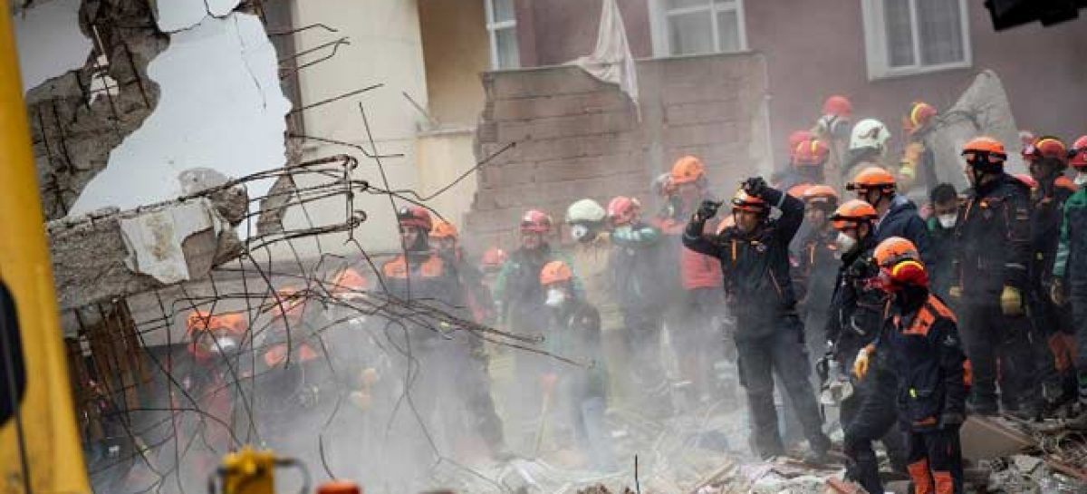 Death toll in Istanbul apartment collapse hit 10