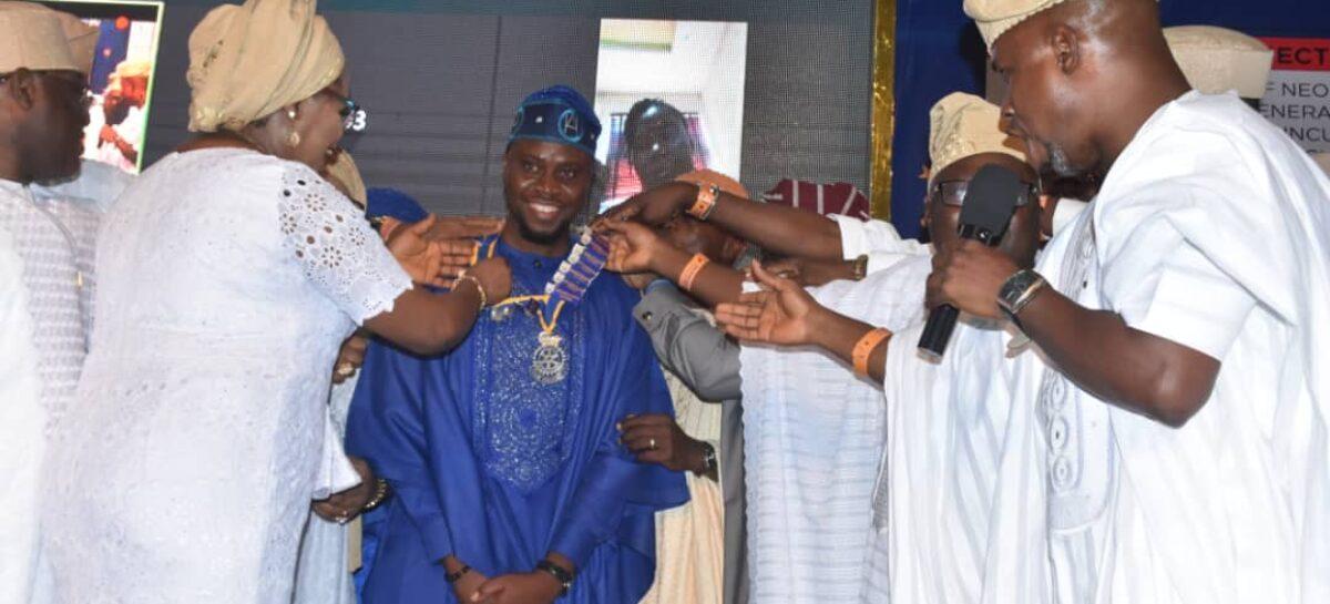 Rotary Club preaches peace, installs 17th President