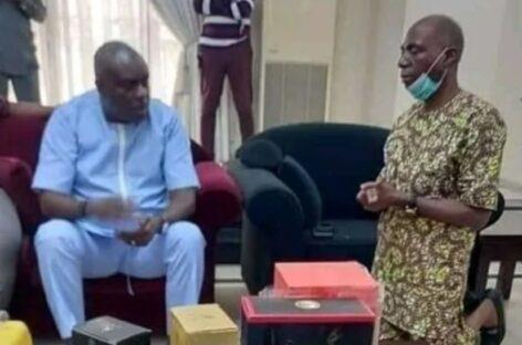 Nigerians React To Photo of Senator James Manager Kneeling Before Ex-Governor Ibori